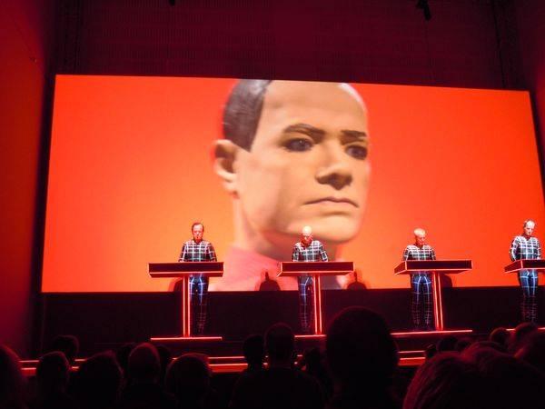 Kraftwerk 17.01.2013 - Düsseldorf - Roboter